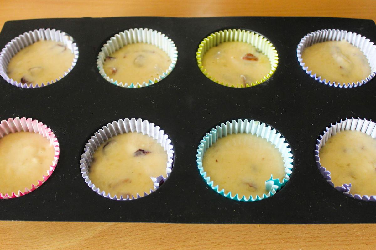 Mini muffins banane, cranberries et noix de pécan