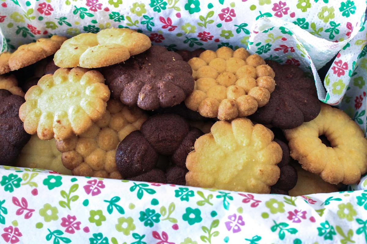 Biscuits sablés à la presse à biscuits