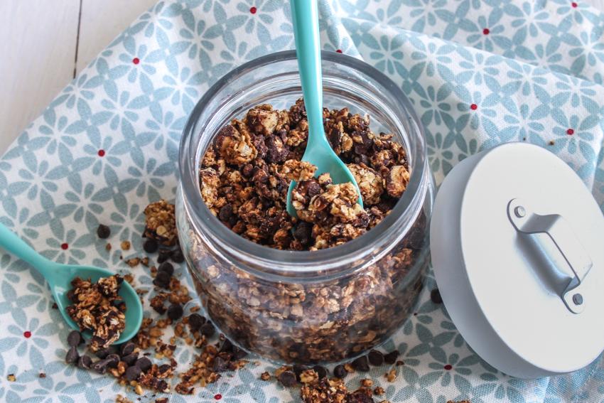 Granola aux noisettes et pépites de chocolat (très gourmand !)