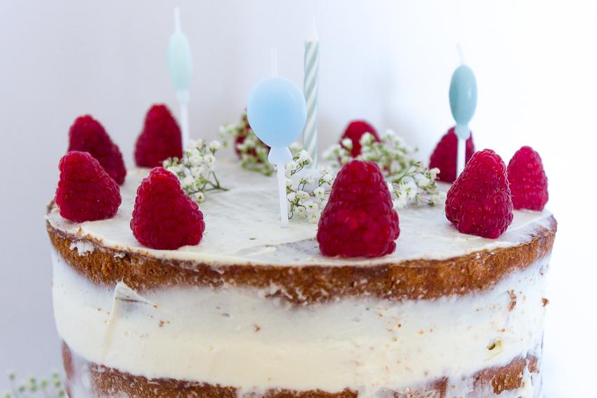 Naked cake aux framboises