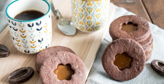 Biscuits chocolat fourrés au dulce de leche
