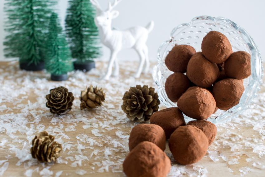 Truffes au chocolat noir ou la gourmandise de Noël !
