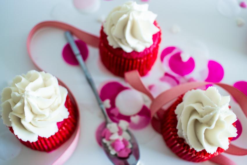 Pink velvet cupcakes pour la Saint-Valentin