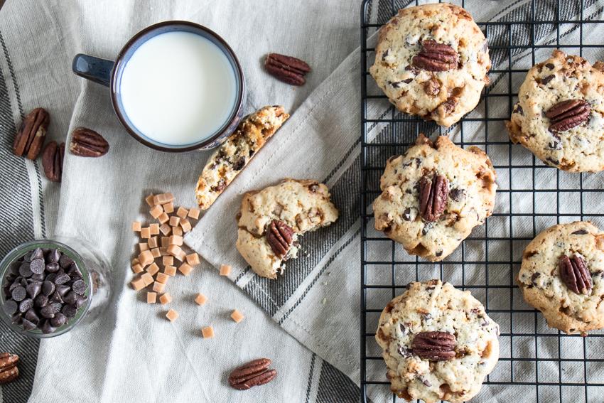 Cookies noix de pécan caramélisées, chocolat et caramel