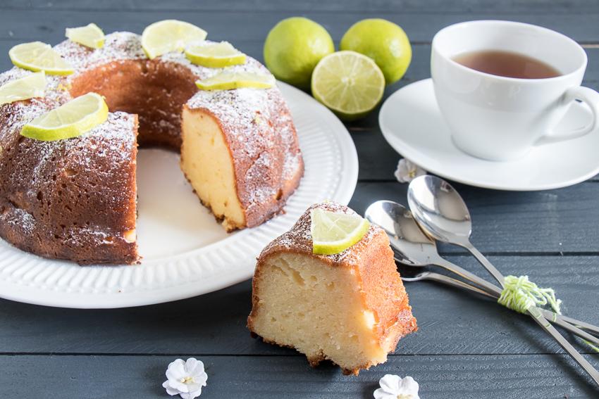 Gâteau à la ricotta et sirop de citron vert