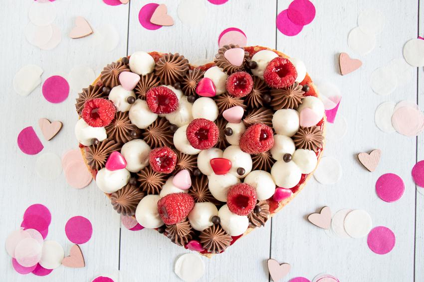 Tarte chocolat vanille et framboises : une belle déclaration !
